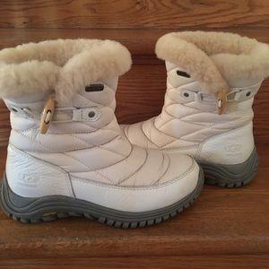 women s white ugg fur boots on poshmark rh poshmark com